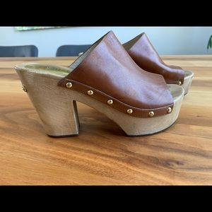 Brown Leather Michael Kors Wood clogs size 7
